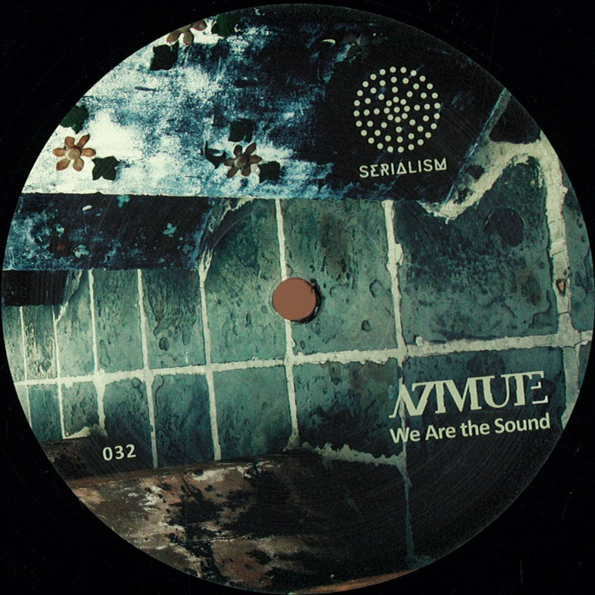 Azimute - We Are The Sound (Serialism)